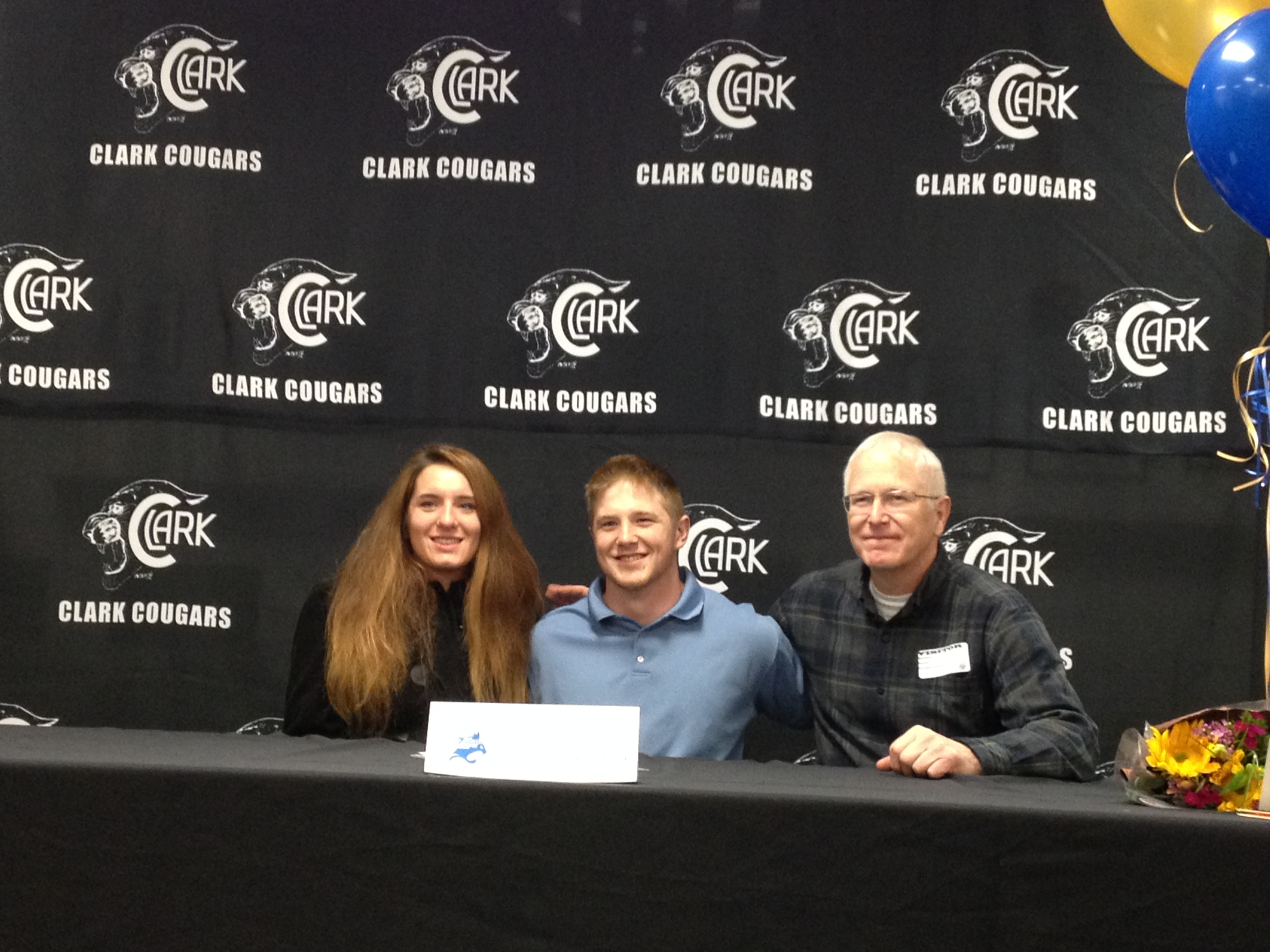 galesburg cougar women Abingdon's beep jones signs with illinois central college  mike trueblood  the cougars' women's basketball coach for the past nine seasons,  galesburg, il.